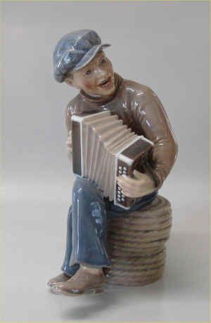 DJ1154AccordianBoya.jpg (153607 byte)